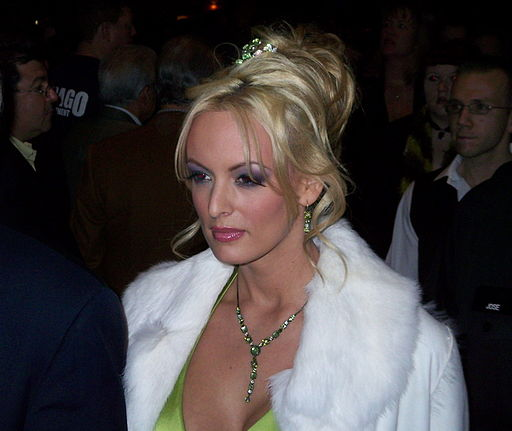 Stormy daniels at 2007 avn awards red carpet