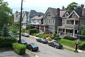 Shadyside (Pittsburgh) - Street in Shadyside, 2001