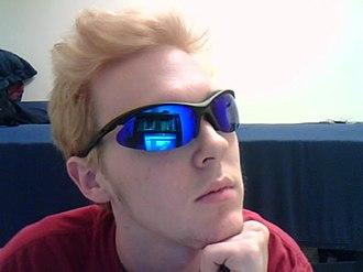 Mirrored sunglasses - Mirror wraparound sunglasses