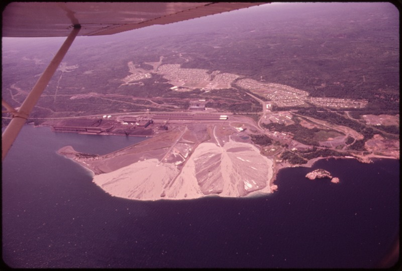 TACONITE TAILINGS FROM RESERVE MINING COMPANY'S PLANT AT SILVER BAY ARE DISCHARGED INTO LAKE SUPERIOR - NARA - 551607