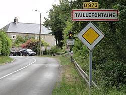 Taillefontaine (Aisne) city limit sign.JPG