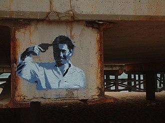 Sonatine (1993 film) - Graffiti in Sant Adrià de Besòs depicting a scene from Sonatine.