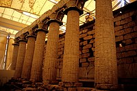 Temple apollon vasses2 OLC.jpg