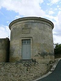 Temple protestant de Saint-Gelais-entrée.JPG