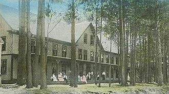 Gilmanton, New Hampshire - Image: The Pines, Crystal Lake
