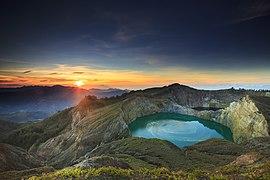 The lake 2.jpg