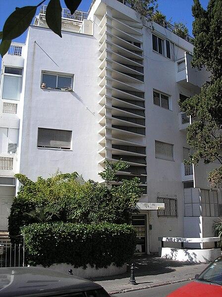 File:Thermometter House Tel Aviv 2006-11.jpg