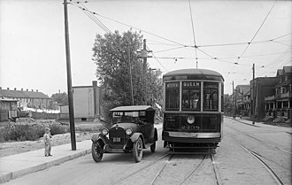 Streetcar suburb - Image: Toronto Transit Co. car No. 2438 (Queen Woodbine), Connaught Ave. looking south from Queen Street