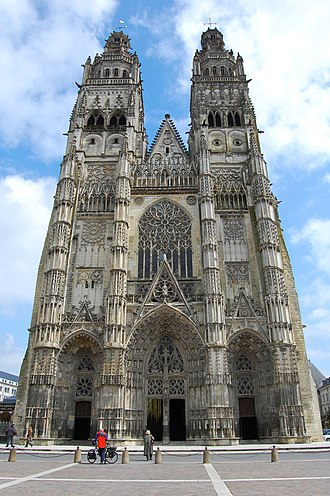 Tours - Tours Cathedral: 15th-century Flamboyant Gothic west front with Renaissance pinnacles, completed 1547.