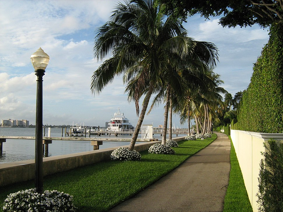 Town of Palm Beach - lake bikeway
