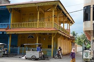 Bagansiapiapi - Old peranakan-styled houses in downtown of Bagansiapiapi