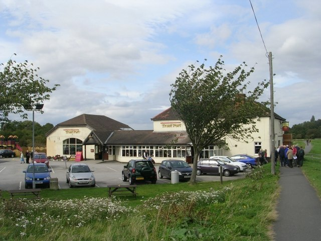 Trent Port Inn - geograph.org.uk - 1484676