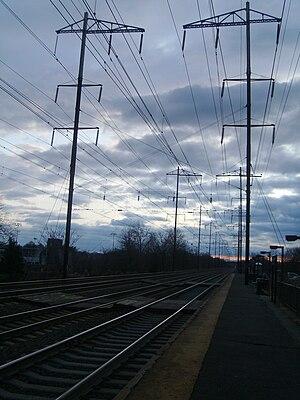 Jersey Avenue station - Jersey Avenue station at Sunset along the Trenton-bound tracks