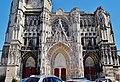 Troyes Cathédrale St. Pierre et Paul Fassade 7.jpg