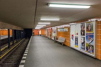 Augsburger Straße (Berlin U-Bahn) - Platform of the station