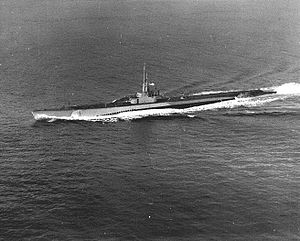 Blower (SS-325), underway, c. 1944-50.