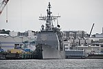 USS Chancellorsville(CG-62) right front view at U.S. Fleet Activities Yokosuka April 30, 2018 02.jpg