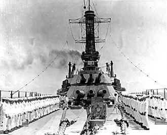 "14""/50 caliber gun - Image: USS Idaho (BB 42) NH 53203"