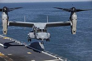 US Navy 120131-M-DK975-081 An MV-22 Osprey tiltrotor aircraft lands aboard the amphibious assault ship USS Kearsarge (LHD 3) during exercise Bold A.jpg