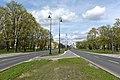 Ulica Adama Mickiewicza przy placu Inwalidów z nowymi latarniami.jpg