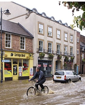 Flood - Flooding in a street