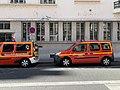 Véhicules de pompiers, rue Rabelais (Lyon).jpg