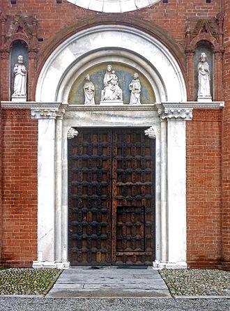 Viboldone Abbey - Entrance portal.