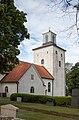 Vickleby kyrka exterior 2017-07-30.jpg
