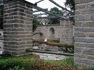 Vreta Abbey - Image: Vreta kloster restorated walls