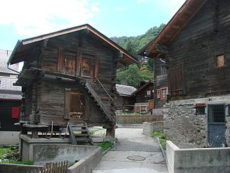 Mund - Walser granary and old houses in Mund