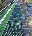 Wielka krokiew schodki-bramki dla skoczków.jpg