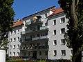 Wien-Penzing - Gemeindebau Penzinger Straße 138-140 - Ansicht Penzinger Straße.jpg