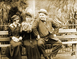 Wished on Mabel - Mabel Normand, Alice Davenport and Roscoe Arbuckle in Wished on Mabel