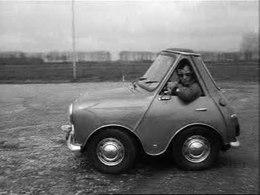Bestand:Wondermobielen te kijk in Automuseum-33584.ogv