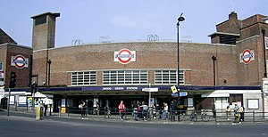 Wood Green tube station - Image: Wood Green tube station 070414