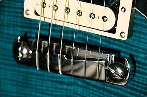 Stoptail bridge - Wraparound guitar bridge (compensated) on a PRS SE Custom guitar
