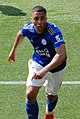Youri Tielemans playing for Leicester City in 2019.jpg