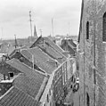 Zicht op de Jodenstraat te Maastricht vanuit het Dinghuis - Maastricht - 20147575 - RCE.jpg