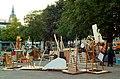 Zinnober Merzbau Merzfest Theodor-Lessing-Platz Hannover Mitte 2012 im Rahmen 15. Zinnober-Kunstvolkslauf Blick zur Marktkirche Köbelinger Markt.jpg