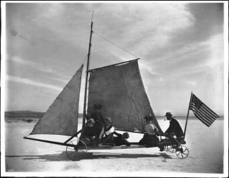 """Rosamond Lake - Image: """"The Desert Queen"""" sailing on the Mojave Desert, 1905 (CHS 2215)"""