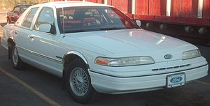 '92 Ford Crown Victoria Villanova.jpg
