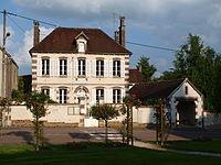 Égleny-FR-89-mairie-06.JPG