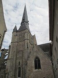 Église Gallardon 01.JPG