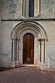 Église Saint-Vigor de Soliers. Porte latérale sud.jpg
