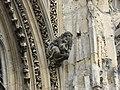 Église de Pont-de-l'Arche - personnage sculpté.jpg