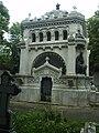 Гробницата на братя Евлоги и Христо Георгиеви в Букурещ.jpg