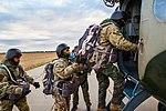 Десант Нацгвардії успішно виконав завдання у небі IMG 1323 (29728297490).jpg