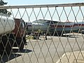 Пуњење резервоара Иљушина Ил-76 на Аеродрому Константин Велики Ниш.jpg