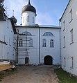 Троицкий собор после реставрации незадолго перед освящением Патриархом Кириллом.jpg