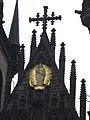 090 Església de la Mare de Déu de Týn, gablet.jpg